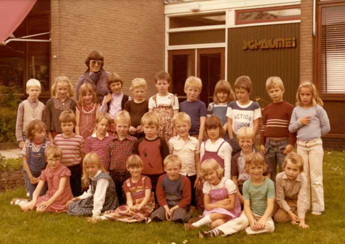 1981 - Riet voor struik ...